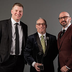 award 19 broker of the year fewer than 25 employees